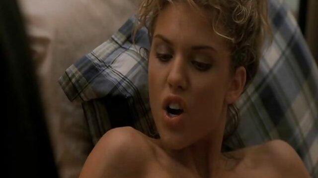 BrattySis - Sorprendió a mi hermanastra sexo en español latino con un creampie