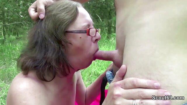 Nena caliente tiembla y eyacula en pantalones calientes 5 porno juvenil latino