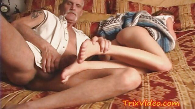 Simone H. free porno latino