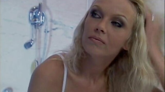 Abuela cachonda se latinos gay porno videos masturba su viejo coño