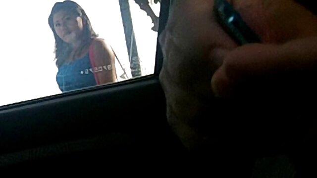 Colegiala caliente mira porno y luego es follada por un videos porno latinos amateur tío mayor