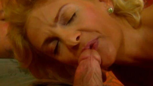 Desnudándose a Nikki latin porn gay videos Daniels se la follan