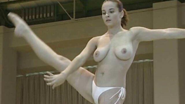 India puta con grandes tetas teniendo sexo PARTE porno latino real 2