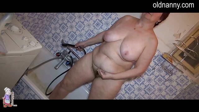 Super Squirter- consolador de vidrio chorreando coño videos porno reales latinos perforado de MILF